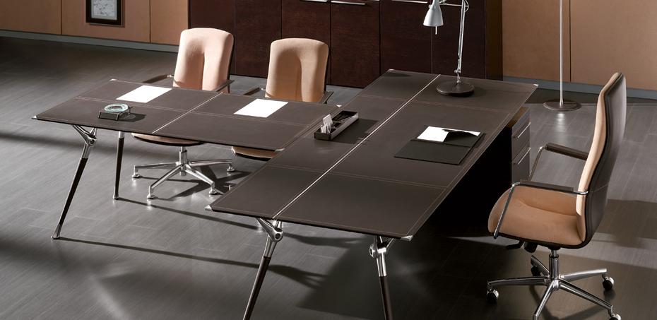 שולחנות עבודה לפגישות Genesis מאת Codutti